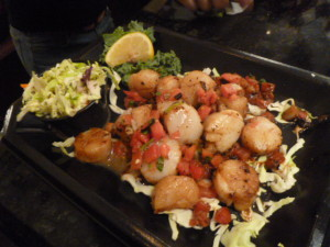 Scallops, shrimp, cod fish all done perfectly!